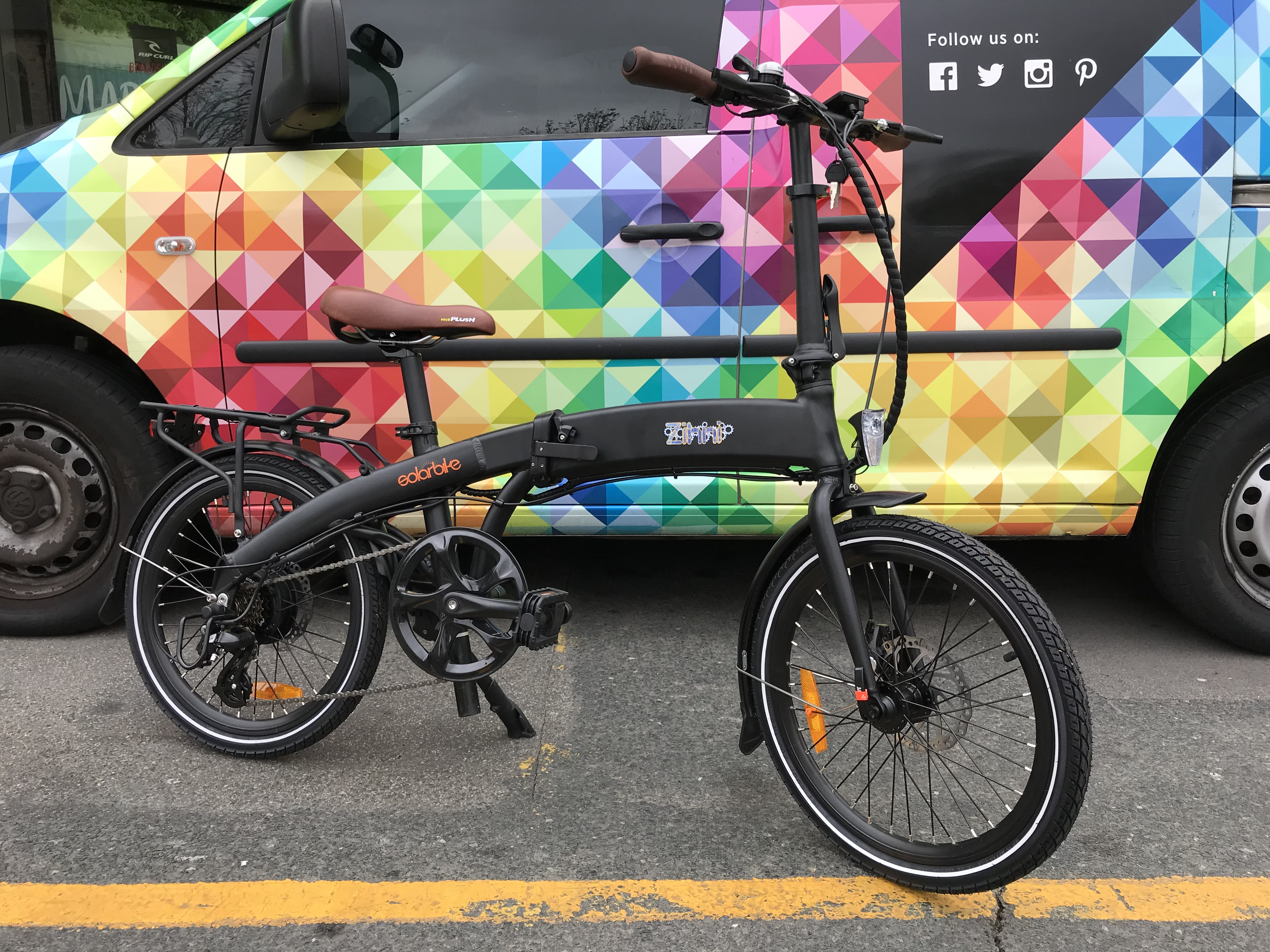 c81a68dc96d It s features include integrated front and rear lights powered by the main  battery and operated from the LCD display on the handlebars